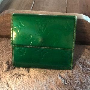 Used green louis Vitton vernis wallet